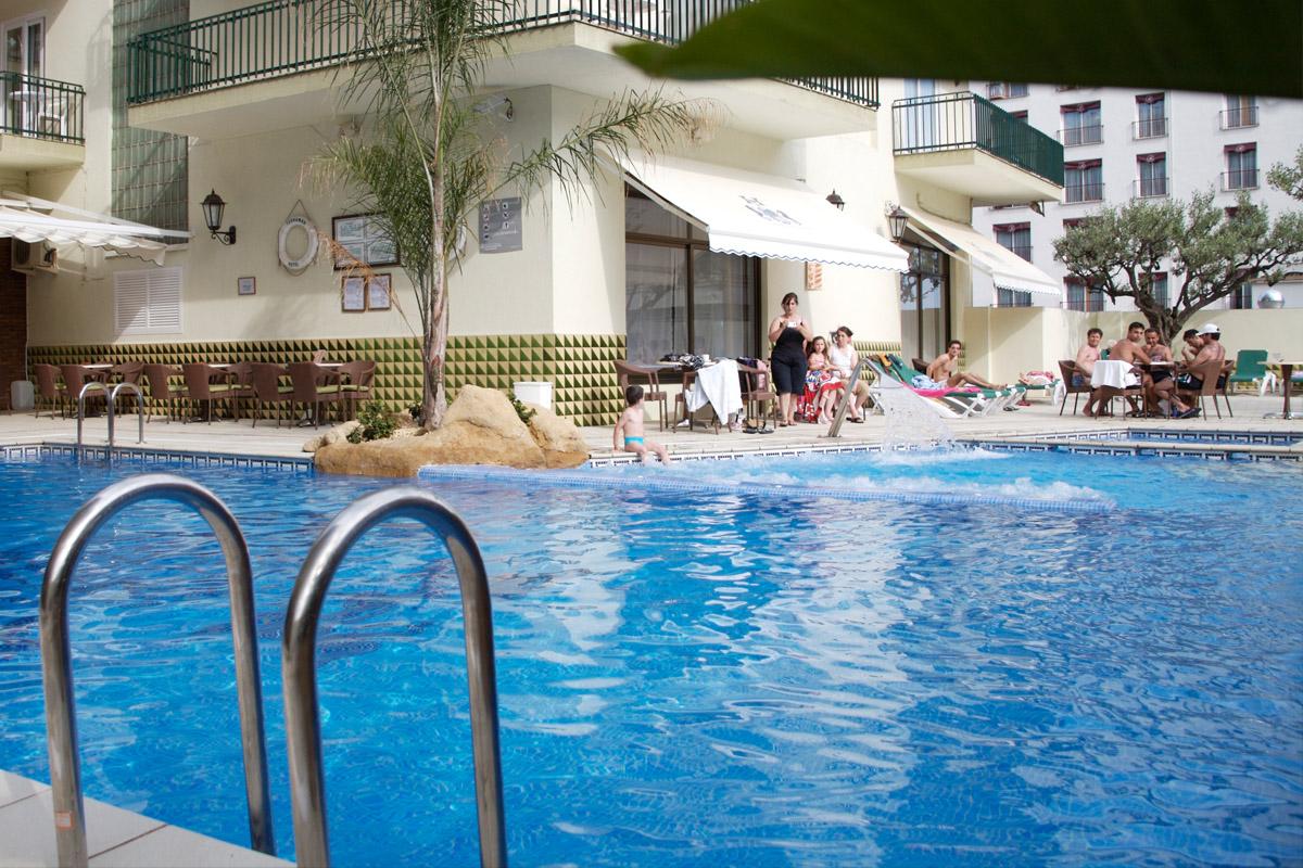 hotel-terramar-home-01