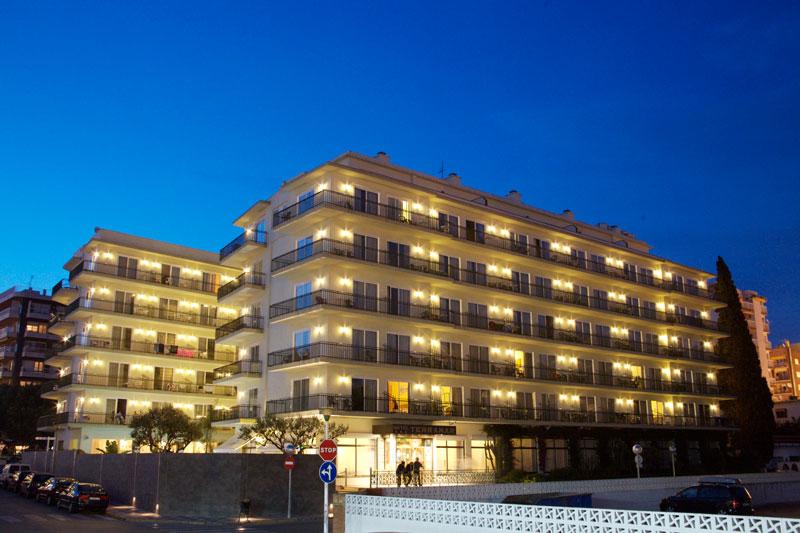 hotel-terramar-edificio-noche
