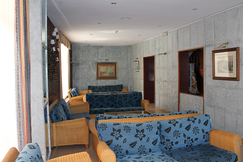 salo-entrada-hotel-terramar-calella